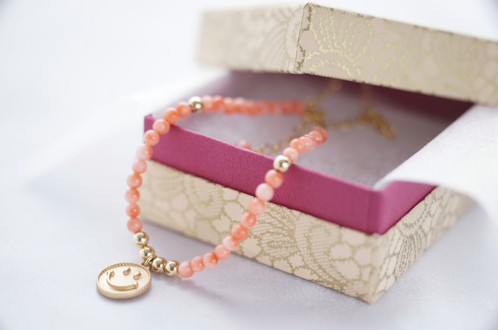 子宝運の石 コーラル(ピンク珊瑚)